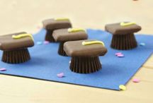 Graduation Treats / Plan the perfect party or just give your favorite grad something sweet! / by Groovy Candies
