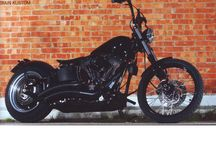 HARLEY NIGHT DEVIL / HARLEY DAVIDSON NIGHT TRAIN CUSTOMIZED 2007