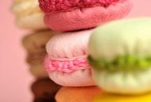 Crochet felt macaroons