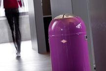 Odpadkové koše Wesco / Koše Wesco v americkém designu vyrobené s německou důkladností jsou skvělou alternativou ke koši plastovému. Koš od firmy Wesco Vám vydrží celý život přestože jej budete používat každý den. Díky tomu je určen nejen milovníkům designu ale i ekologickým nadšencům. Kvalitu zaručuje stopadesátiletá zkušenost firmy Wesco v obrábění a zpracování oceli.  Více zde: http://www.kulina.cz/odpadkove-kose-wesco/