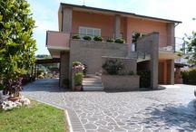 НЕДВИЖИМОСТЬ В ИТАЛИИ / Жилая и коммерческая недвижимость в ИТАЛИИ. Дом, квартира, отель в Италии. +380442231006   estate@runcom.com.ua www.facebook.com/houseofthesea #инвестиции #бизнес #недвижимость #realestate #property #invest #Маджоре #luxuryproperty #житьвИталии #италия #Italy #LagoMaggiore