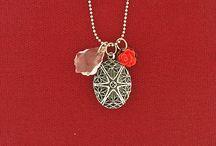Vintage Style Locket / Vintage style handmade locket necklaces by Mlavi. Shop them at www.mlavi.ca