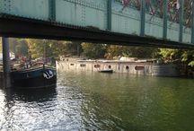 Autumn light along the Seine river / Near paris.