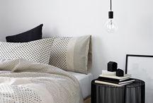 bed room / リビングと雰囲気を変えてモノトーンでまとめたい寝室♡寝るためだけの空間なので白の分量を多くしてきつい印象にならないように。白:黒=7:3 が理想!