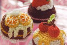Crochet Cakes