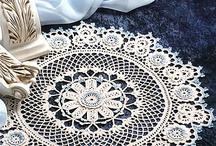 Doilies and tablecloths