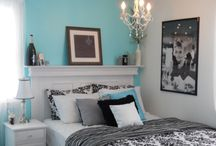 Decor: bedroom / by Danielle {Snippets of Inspiration}