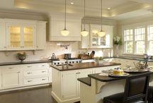 White ❤ Kitchens