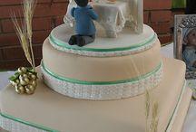 vallási témájú torták, figurák stb.