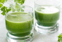 zielone koktajle z owoców i nasion .....