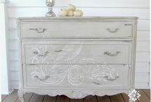 Chalk Paint Projects / I am redoing my bedroom furniture.