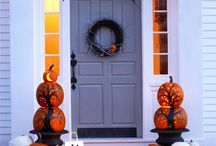 Spooktacular Decorating! / Halloween and Fall Decorations.