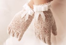 romantic gloves
