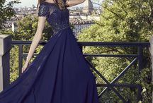 Nicole Cocktail & Evening 2018 / Fabulous Collection of dresses dedicated to bridesmaids, mothers' bride and party girls all around the world. Three words to describe it: glamorous, feminine and sophisticated.