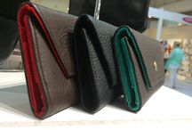 Wallets / Leather and suede lined