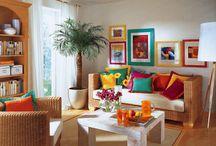 Salas e suas decorações. / Buscando por ideias para decorar minha sala, encontrei algumas que estou compartilhando neste painel. Algumas bem coloridas, outras confortáveis, outras despojadas, mas todas lindas cada uma no seu estilo.