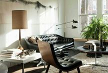 Mid-century inspiration / Mid-century furniture, architecture and spaces.