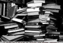 Kirjat / Lukemisen arvoisia teoksia