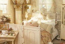 decorating / by Terri Fleck Demaray