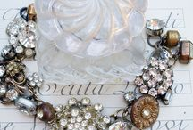 Button Jewelry / Jewelry made with buttons / by Margo Horowitz