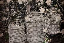 Lanterns / I hagen