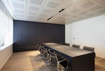 Project Office Zoersel - Z-parket - Floor: Los Angeles / A refreshing look on a modern office in Zoersel Belgium, with a clean and steady Z-parket Los Angeles floor.  #zparket #parquet #hardwoodoakflooring #solidwoodfloor