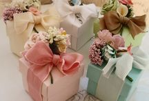 wedding guests' favors
