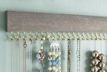 hangings
