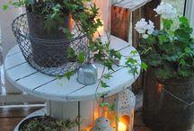 Pöydät puutarhaan
