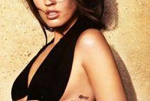 gorgeous women with tattoos