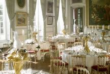 Wedding in France - Restaurant / What better than a dinner one-on-one for a romantic getaway for a night. Choose one of typical restaurants of Paris for your wedding dinner