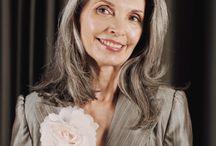 PERFECT BEAUTY CERA BARDZO DOJRZAŁA 70+ / Seria Perfect Beauty 70+ zapewnia bardzo dojrzałej skórze kompleksową pielęgnację. Po 70. roku życia zmienia się struktura skóry, jej pielęgnacja wymaga zastosowania składników aktywnych w wysokich stężeniach, które dogłębnie i intensywnie odżywią skórę.