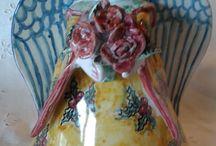 grande angelo In ceramica.Realizzato interamente a mano.