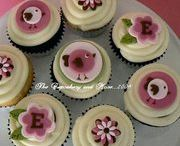 Cupcakes / by Melissa Edwards