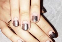 dream nails / by Alma Cruz