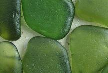 Nature's treasures: Sea Glass / by Áhugamálin Mín