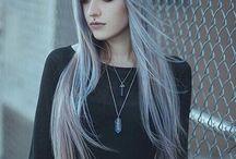 Mujer adolescente cabello