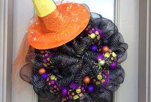Wreaths galore / by Samantha Thiara