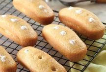 Homemade Snacks / by Christine Pattison