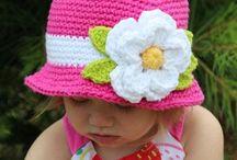 lasten hattuja