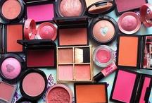 Makeup LookBoard Products