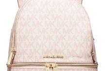 Handbags love❤️❤️