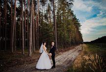 leśny plener ślubny / Romantyczne plenery ślubne wykonane w lesie.
