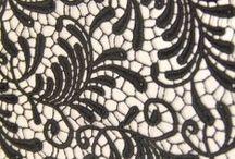 Dantel kumaş / Dantel kumaş modelleri ve dantelli kumaş çeşitleri Kaptan International Textile Kumaş mağazası raf ve reyonlarında beğeninize sunulmaktadır. 4447578