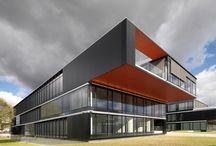 BUDYNKI BIUROWE / OFFICE BUILDINGS