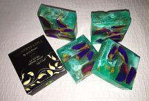 Xarismania by Enia Tarino presenta!!! Sapone naturale fatto a mano con design bellissimo e sofisticato .Prodotti in quantità limitata!! / Sapone naturale fatto a mano