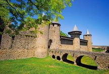 Carcassone, Langwedocja, Francja / Jedno z najpiękniejszych średniowiecznych miast Carcassone to obowiązkowy punkt programu wyprawy do Langwedocji:  http://www.eurocamp.pl/miejsca-warte-odwiedzenia/francja/carcassone-langwedocja-francja