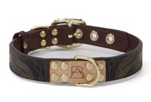 The Mahogany Collection / Brown collars provide the perfect backdrop for bright, colorful stitching in these one-of-a-kind collars. Featuring the leather from reclaimed cowboy boots, brass plated hardware, laser etched details, hand painted edges, and custom stitching. Each dog collar comes with a genuine, brass plated Boots & Arrow tag.