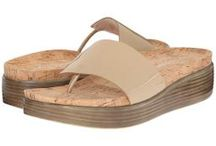 Sexy Flats / Women's Club of Laguna Beach Inspired styles we love from Free People, Rebecca Minkoff, Donald J Pliner and more.