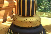 golden cakes